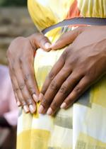Chi educa una bambina educa un popolo: gravidanze precoci nel Sud del mondo